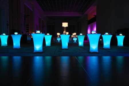 cheap glowing spandex table coverings with glow table.