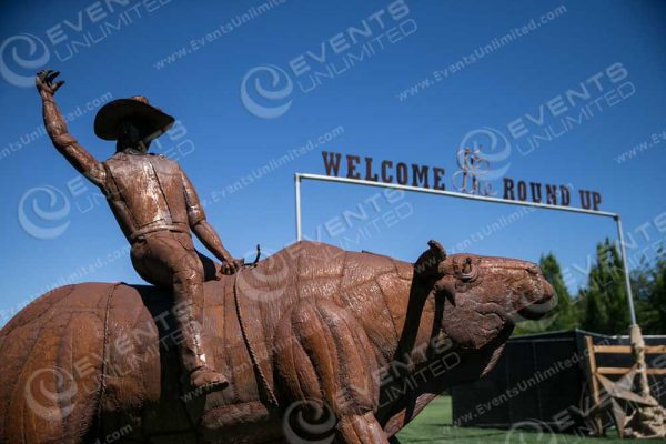 Custom Rodeo Sign and Entrance arch.