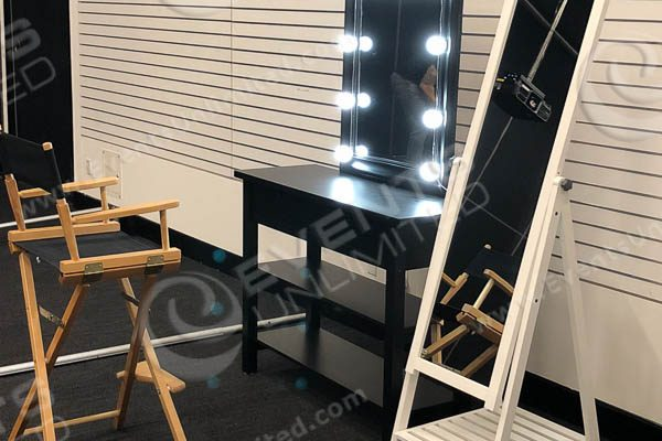 dressing room set