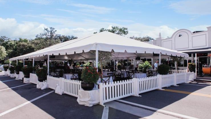 outdoor dining tent rental